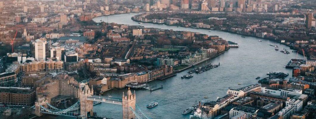 A birdseye view of the London city landscape